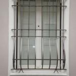 Finestra laccata con scuretti vista esterna