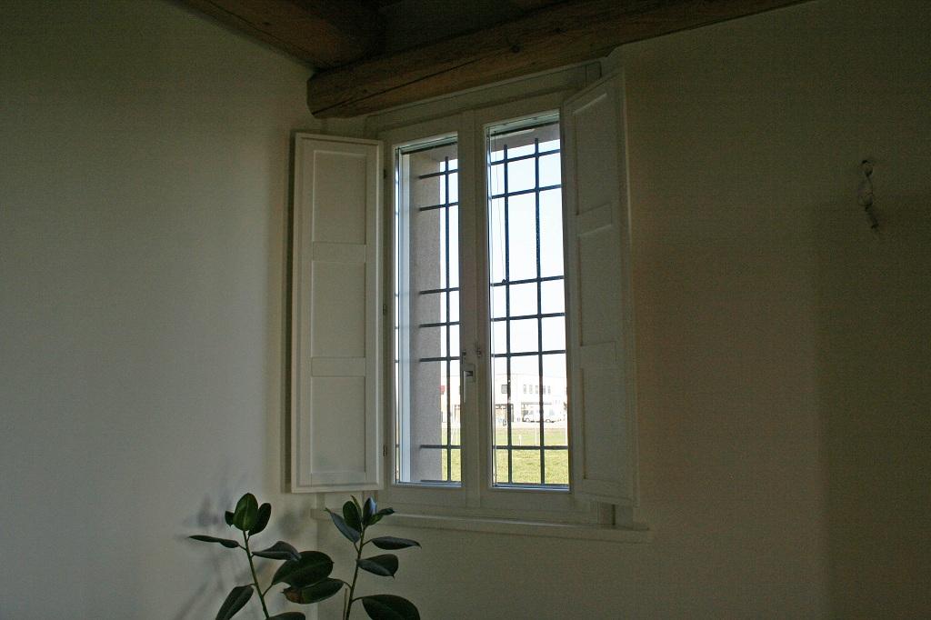 1 finestre laccate 3 falegnameria nuova pretolani - Finestre pensione 2015 ...