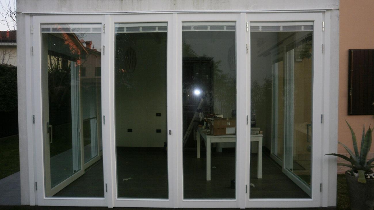 Finestre falegnameria nuova pretolani - Finestre apertura esterna ...